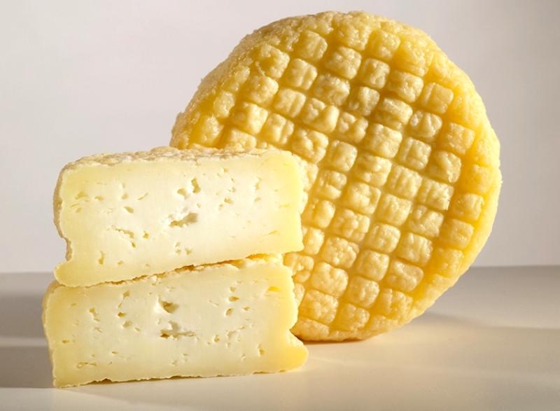 Spanish Cheese (Portugal) – Daily Devotional – Évora