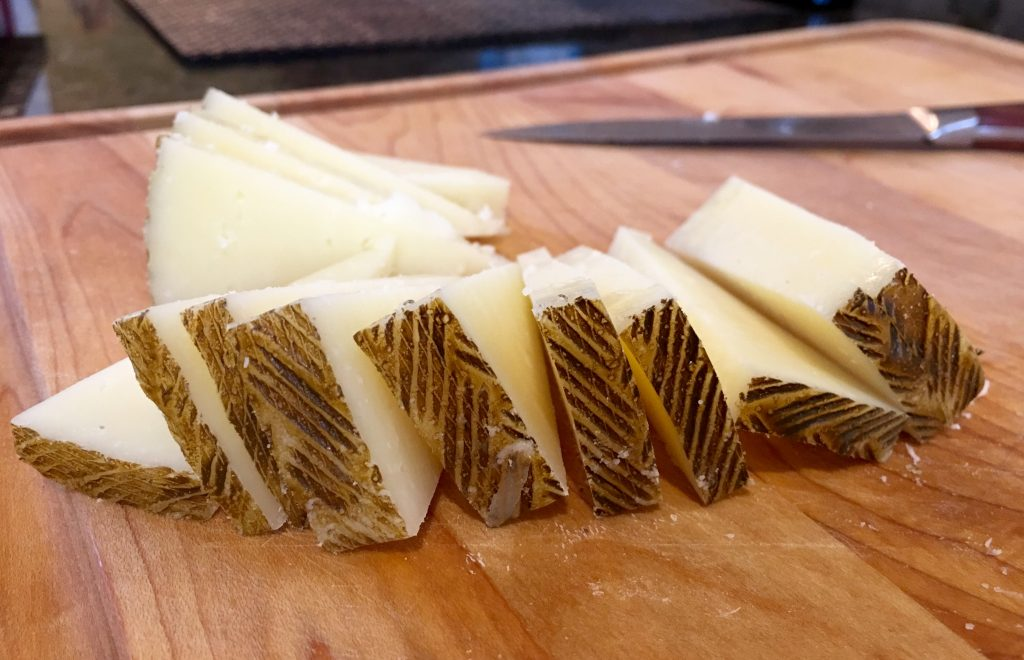 Murray's Young Manchego - Sliced